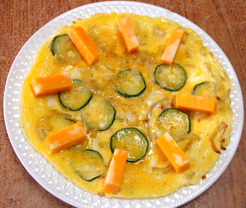 MR GOUDAS recipes_Eggs Sunshine Up_with cheese