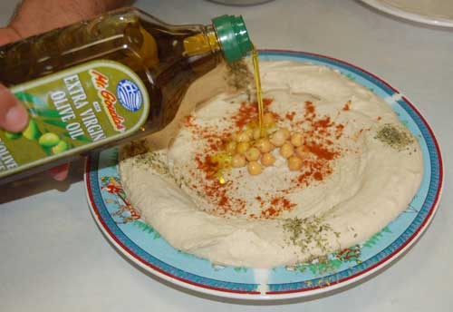 Hommos_Hummus_Hab_Mr Goudas Recipes_olive oil