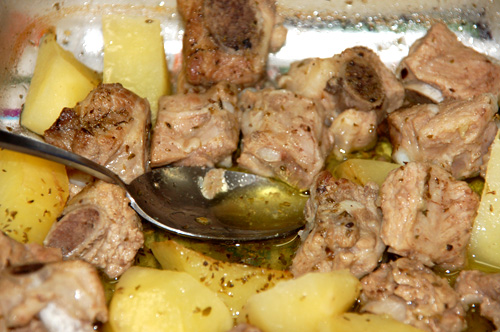 pork pieces with potatos